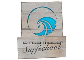 Otro Modo Surf School